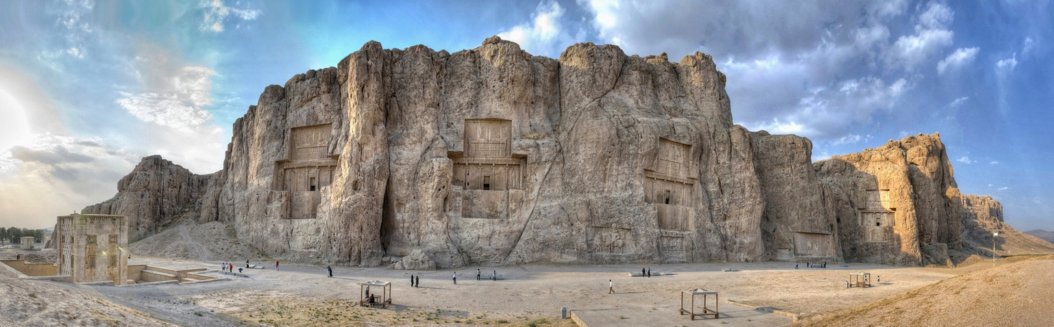 Naqsh e Rustam, 60 km of Shiraz by Mansour Ahmadi