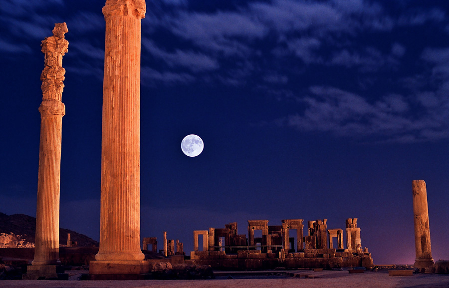 Persepolis, 70 km of Shiraz by Mansour Ahmadi